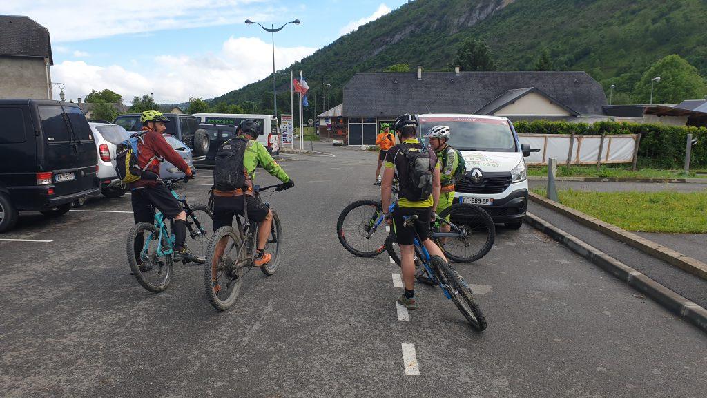 Croix de Béliou au départ de Beaudéan Campan dans les Hautes-Pyrénées 65